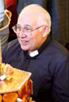 Père Celeiro, auteur de la neuvaine à Marie qui défait les noeuds